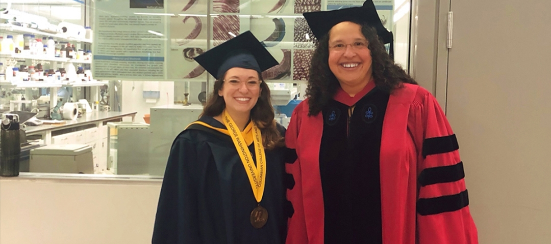 Karly Cohen, BS '17, MS '18, and L. Patricia Hernandez, associate biology professor